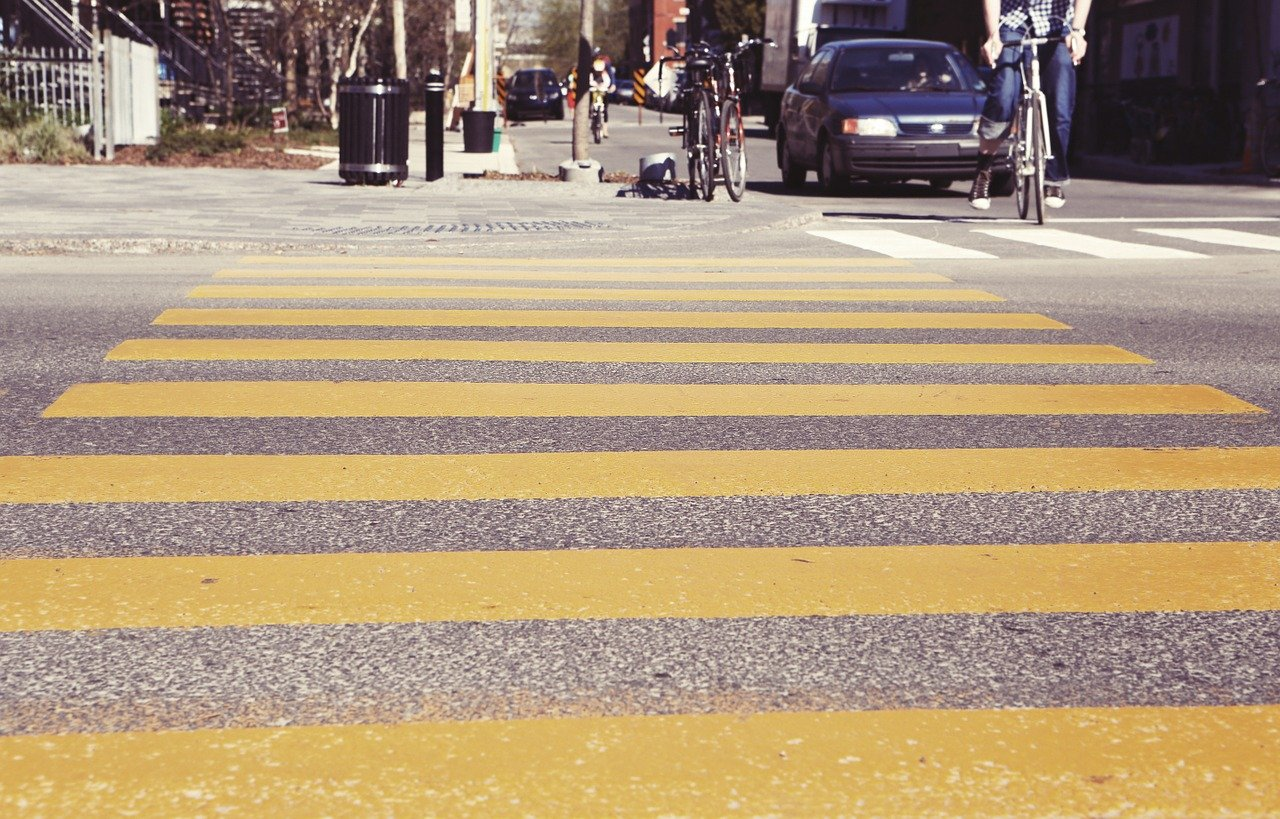 Smartphone Data Combined With AI To Help Stop Vehicles From Hitting Pedestrians